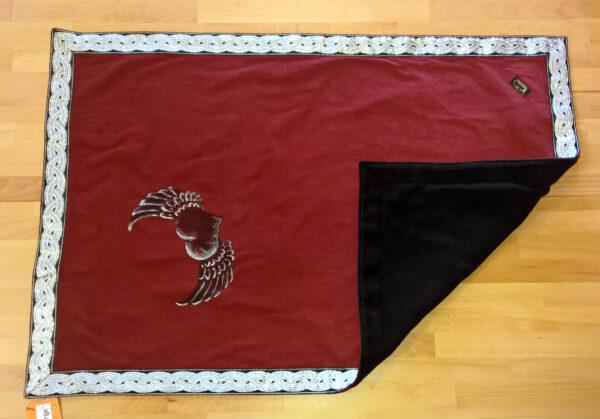 Babydecke-Druck-Flügelherz-Cord-rot-Rückwand-Fleece-schwarz-umgeklappt