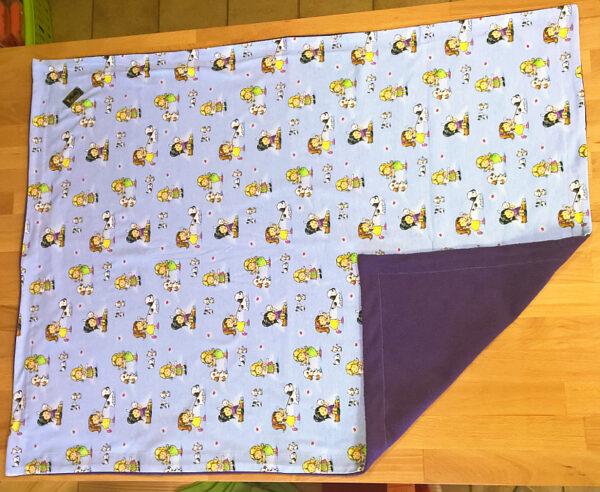 Babydecke-Mädchen-mit-Tieren-Trico-Rückwand-Baumwollfleece-lila