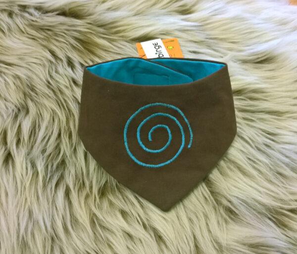 Babyhalstuch-Dreiecktuch-Spirale-braun-blau