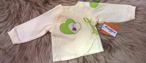 Babyshirt-Wickelshirt-Trico-natur-Applikation-Herz-Punkte-grün-Käfer