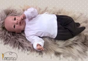 Babyshirt-Wickelshirt-Trico-weiß-mit-Puppe-Shop