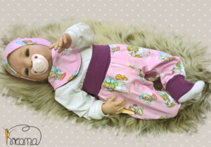 Pumphose-Babyhose-Trico-Elfen-rosa-mit-Puppe