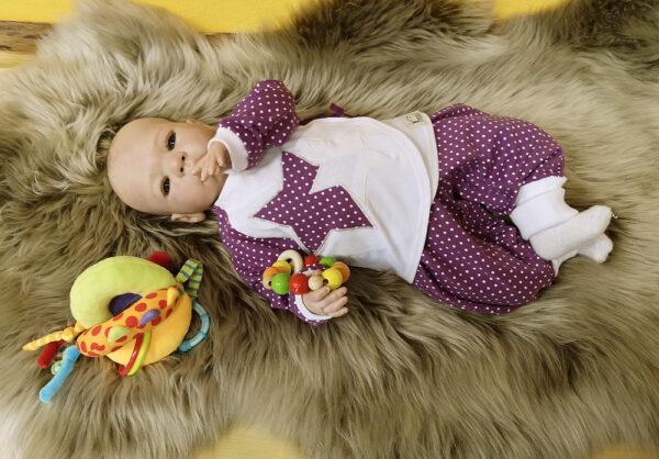 Wickelshirt-Hose-Punkte-beere-mit-Puppe-4