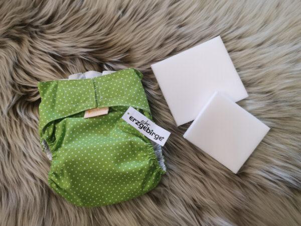 Windelhose-Punkte-grün-Größe1